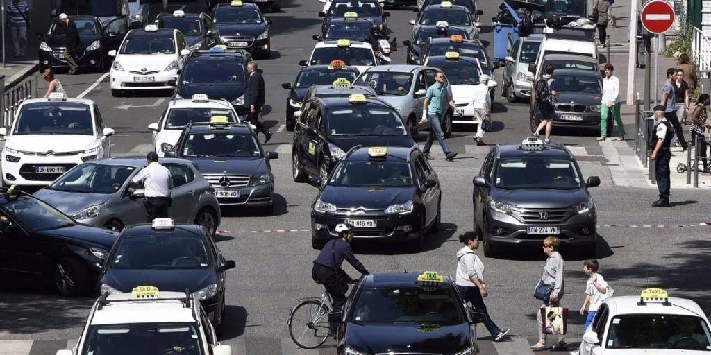vtc-ou-taxis-les-clients-sont-rois1