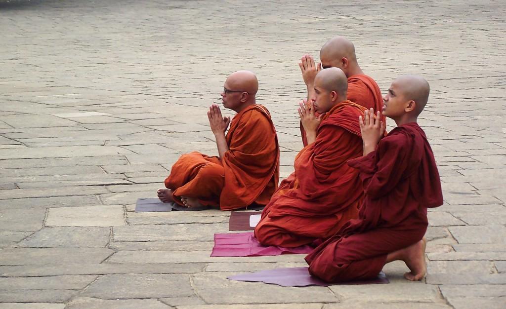 buddhism-2387822_1280