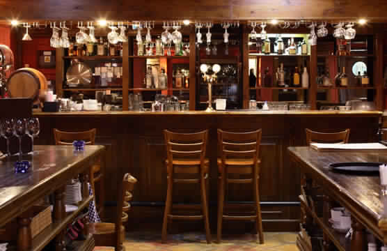pourquoi reserver un bar a paris
