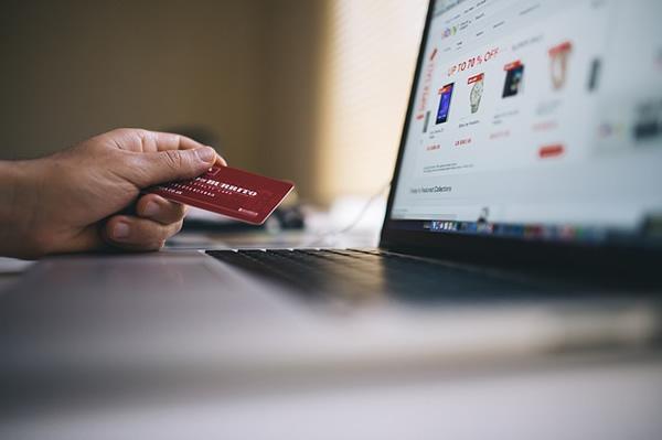 Investir dans la vente en ligne sans stock