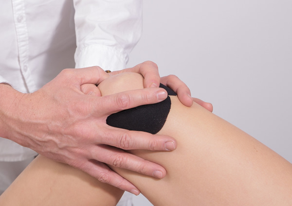 Soulager une entorse au genou